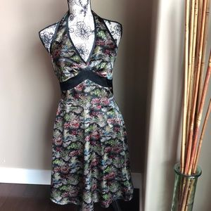 CDC Petite V neck halter dress